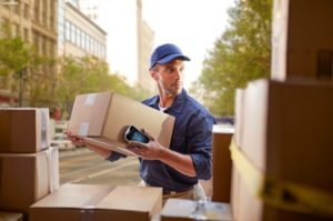cropped-t-and-l-photography-application-delivery-man-holding-box-scaled-1.jpg
